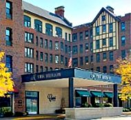 The Merion apartments in Evanston Illinois