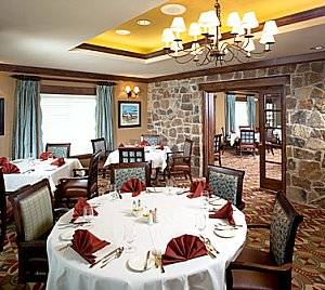 Gleannloch Farms dining room
