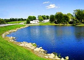 Grand Lakeview manufactured home community lakeside