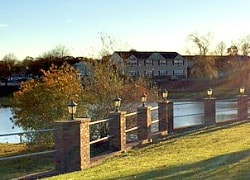 Fairway Manor lakeside senior apartments