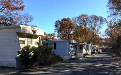 Ramblewood Park senior mobile home trailer park in Calverton NY