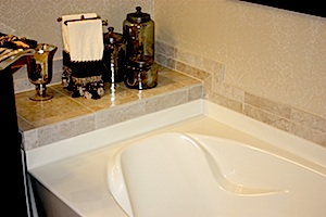 amherst model home with separate soak tub