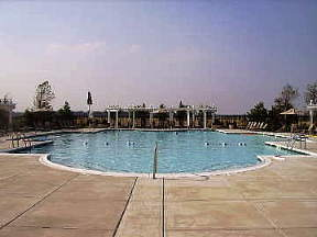 Heritage Shores outdoor pool
