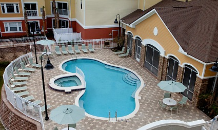 Florida apartment pool