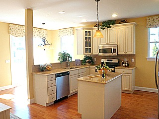 Vineyards at Moriches Lillet model home kitchen