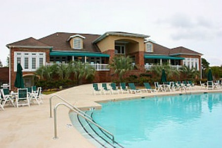 Carillon at Tuscany at Myrtle Beach pool and clubhouse