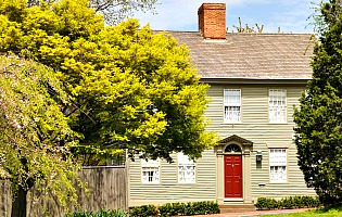 New England colonial home