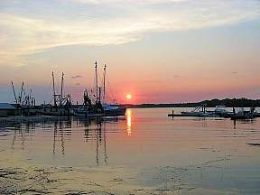 shrimp boats in South Carolina