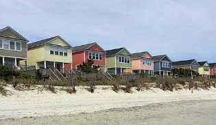 homes at Surfside Beach overlooking ocean
