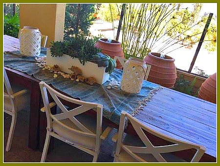 Ovation at Flora Park covered patio and dining table